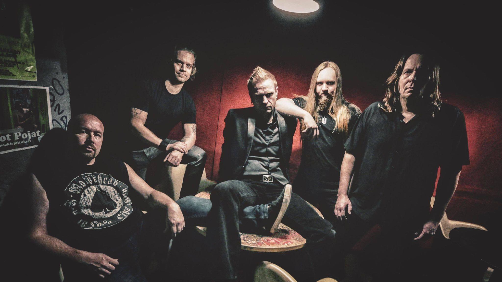 Oululainen Solution 13 julkaisi uuden lyriikkavideon tulevalta levyltään