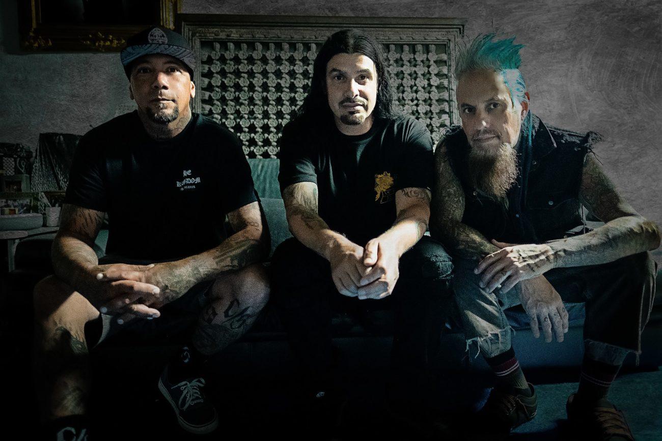 """Nu metal -superyhtye Stillwell julkaisi uuden musiikkivideon kappaleestaan """"Change The Channel"""""""