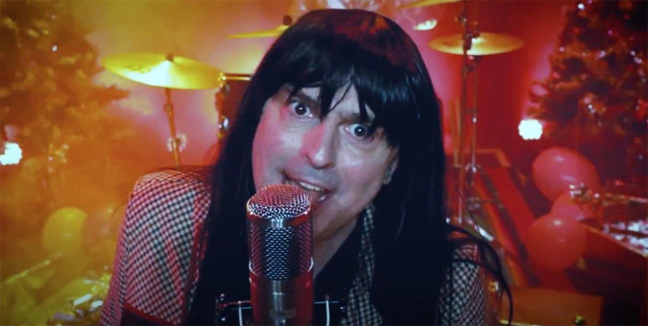 """Blind Guardian coveroi Sladen """"Merry Xmas Everybody"""" -kappaleen: katso joulukliseinen musiikkivideo"""