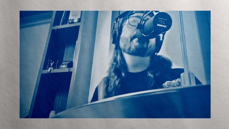 """Dave Grohl ja Greg Kurstin coveroivat Draken jättihitin """"Hotline Bling"""" tuoreella videolla"""