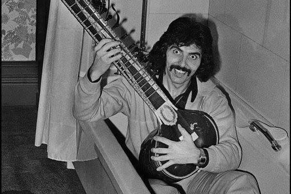 """Tony Iommi muistelee Black Sabbathin mystistä """"viidettä jäsentä"""""""