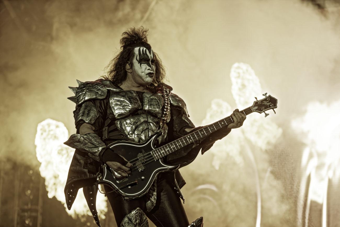 """Gene Simmons: """"Nuoret musiikin fanit ovat vastuussa rockmusiikin kuolemisesta"""""""