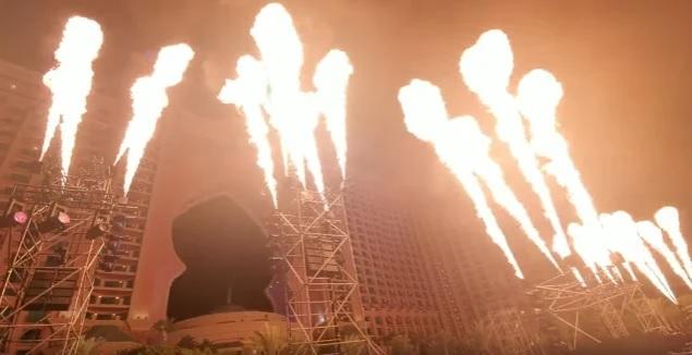 Kiss rikkoi Guinnessin maailmanennätyksiä liekkimerellään uudenvuodenaaton konsertissaan