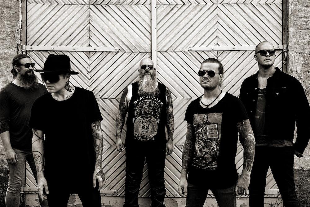 """Mercury Circle toivottaa faneilleen hyvää joulua """"Our Funeral (Like Xmas)"""" -kappaleen muodossa"""