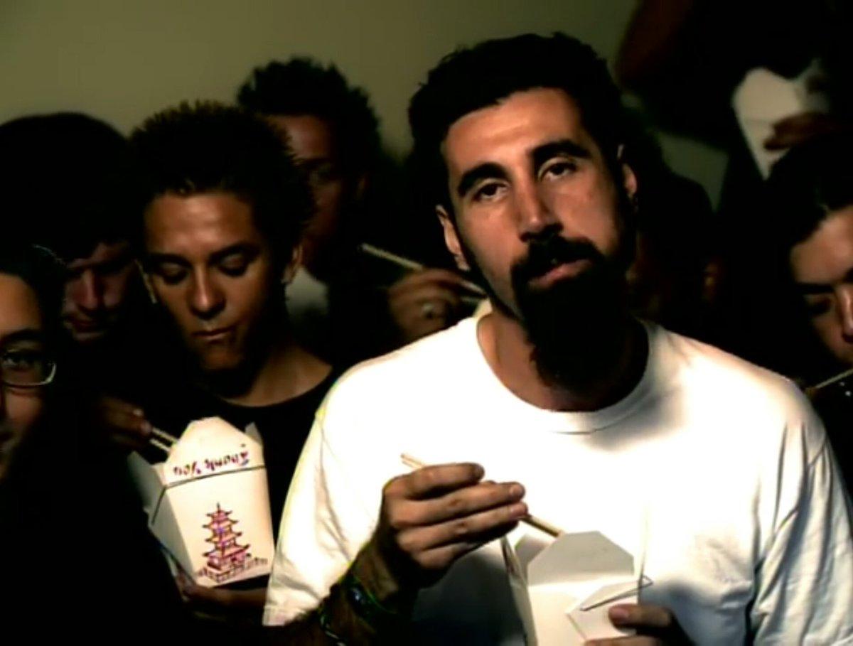 """Serj Tankian -dokumenttielokuva """"Truth To Power"""" julkaistaan helmikuussa: uusi traileri katsottavissa"""