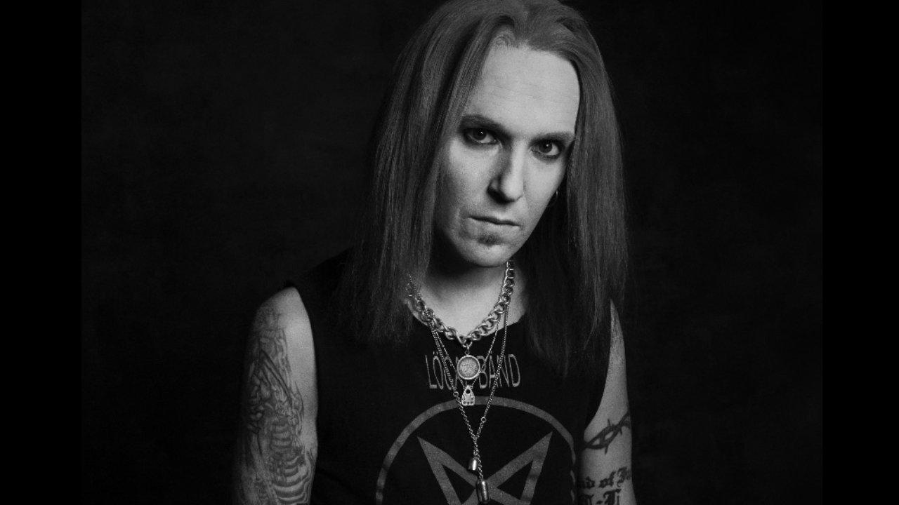 Alexi Laihon lähipiiri ennusti kitaristin kuolevan kymmenen vuoden sisällä vuonna 2011