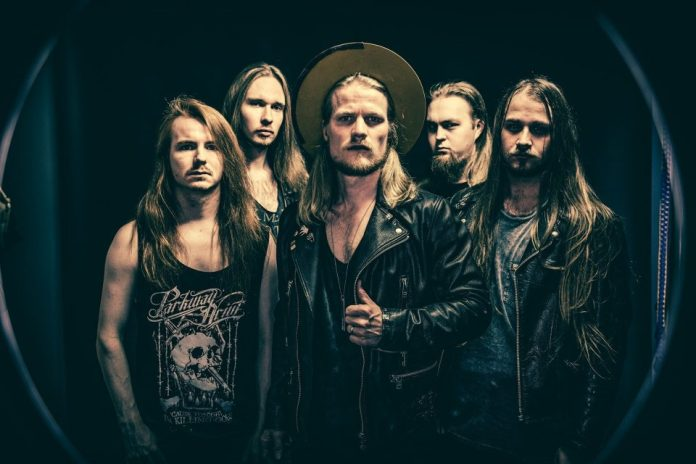 """Arion julkaisee seuraavan """"Vultures Die Alone"""" -nimisen albuminsa huhtikuussa: uusi kappale """"Out Of My Life"""" kuunneltavissa"""