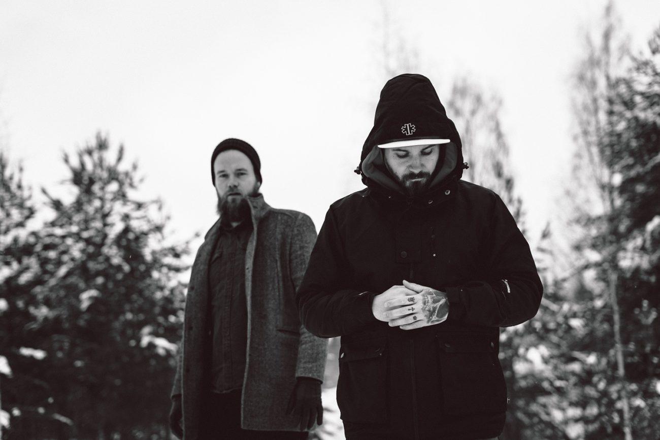 """Circle Of Contemptin sekä Shape Of Colourin jäseniltä uusi yhtye Beyond The Night: """"The Prophecy"""" -kappaleen lyriikkavideo Kaaoszinen ensiesityksessä"""