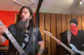 """Machine Headin Robb Flynn ja Jared MacEachern versioivat tuoreessa livestreamissa Metallican jättihitin """"Nothing Else Matters"""""""