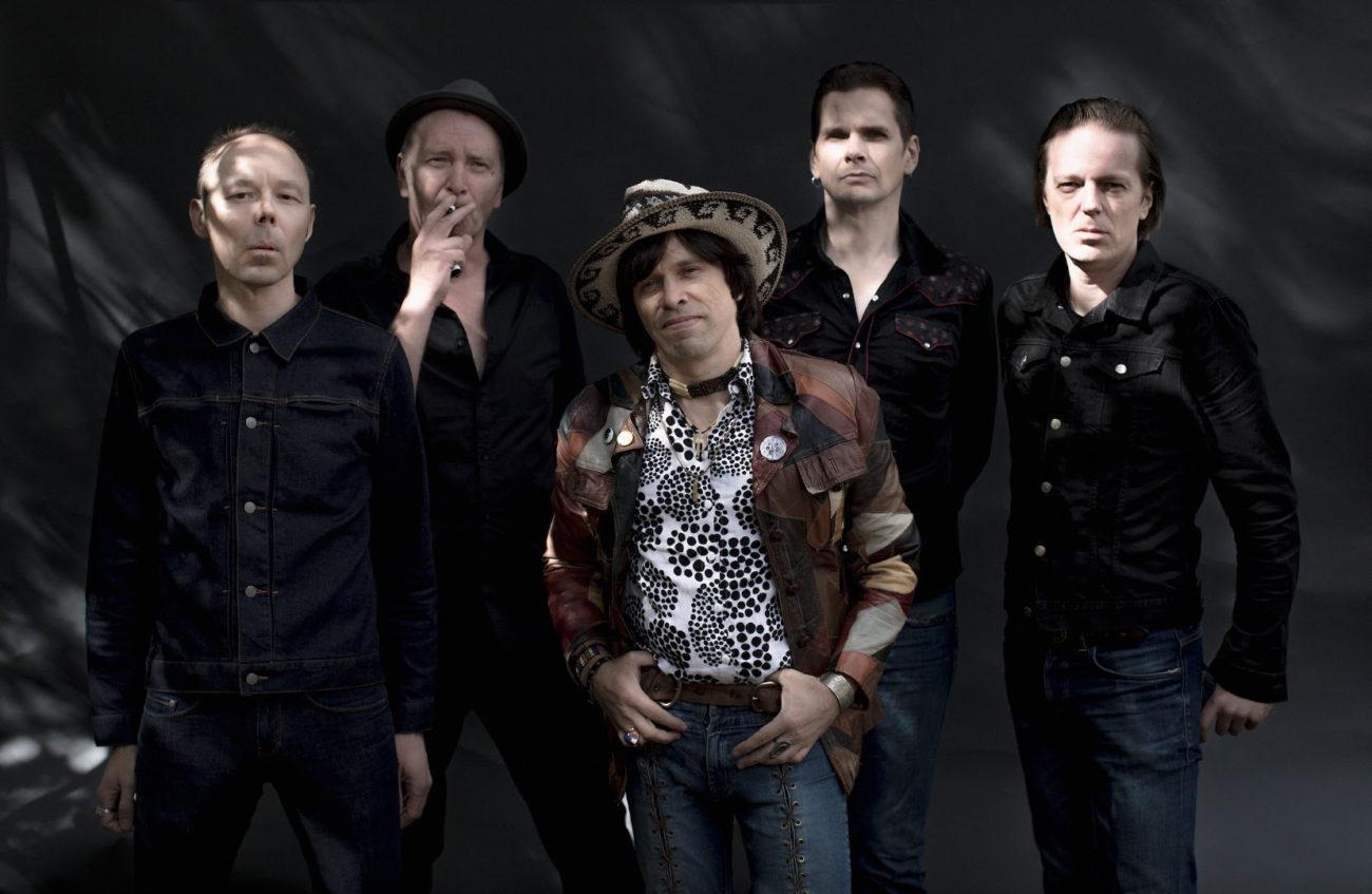 The Flaming Sideburnsin alkuperäiskokoonpano julkaisee uuden levyn kahden vuosikymmenen tauon jälkeen