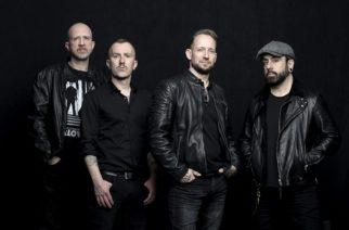 """Volbeat täyttää 20 vuotta tänä vuonna ja se saa Jon Larsenin tuntemaan itsensä vanhaksi – """"Bändin iän miettiminen saa minut tuntemaan itseni vanhaksi"""""""