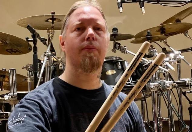 Amon Amarthin entinen rumpali Fredrik Andersson pyytää anteeksi entisiltä bändikavereiltaan aiheuttamaansa harmia