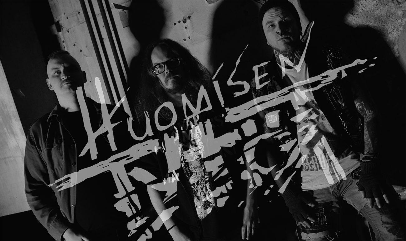 """Huomisen Tytöt tarjoilee raadollista svengiä uuden aallon """"synapunk""""-tunnelmissa: yhtyeen nimikkoalbumi kuunneltavissa kokonaisuudessaan"""