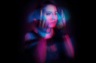 """Monica Lyrae julkaisi goottihenkisen kappaleen """"The H Is Silent"""""""