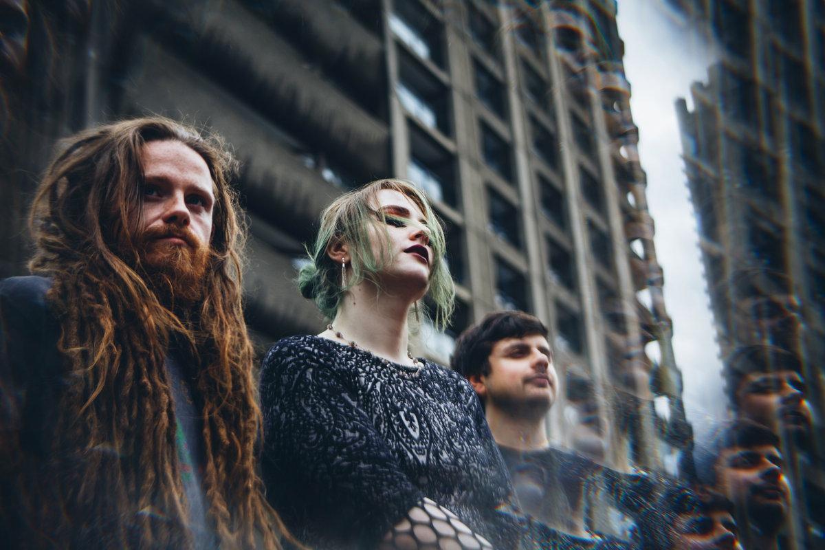 """Brittiläinen äärimetalli-tulokas Pupil Slicer julkaisi uuden """"Interlocutor""""-musiikkivideonsa"""