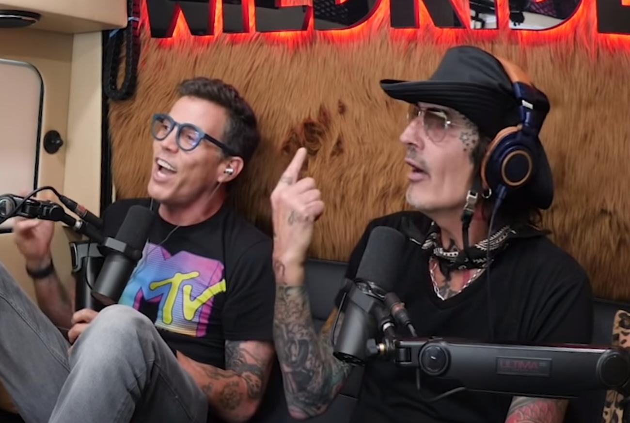 Tommy Lee paljastaa kuinka Mötley Crüe salakuljetti huumeensa