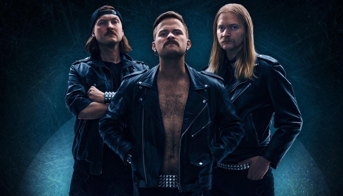 Tyrantti soittaa hybridikeikan yhtessä Grillijono K.O.:n kanssa On The Rocksissa heinäkuussa