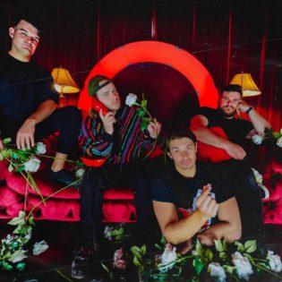 """Emoa ja pop punkia yhdistelevä Good Terms julkaisi uuden kappaleensa """"Pedestal"""""""