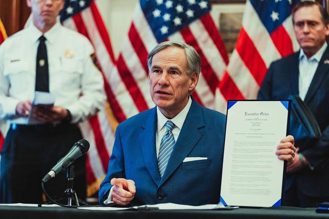 Texas ja Mississippi poistavat maski- ja kokoontumisrajoitukset käytöstä kokonaan