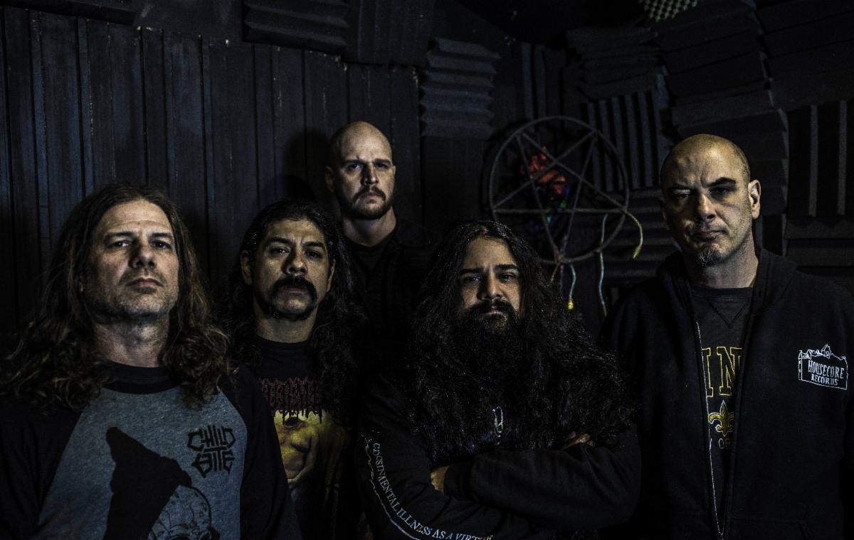 """Philip H. Anselmo And The Illegals soittaa """"A Vulgar Display Of Pantera"""" -striimikeikan huhtikuussa"""
