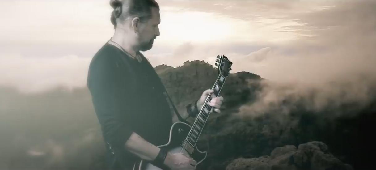 Amorphis-kitaristi Esa Holopaisen tulevan sooloalbumin toinen albumitraileri julki – aiheena levyllä vierailevat artistit