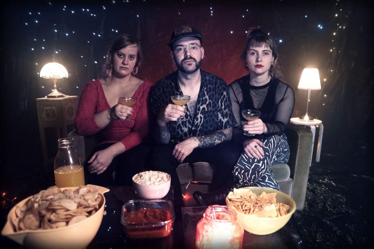 """Aavikkorock meets folk: Slack Birdiltä vielä yksi single """"Kerrospunkkaselli"""""""
