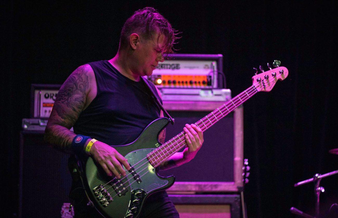 Doom-yhtye Khemmisin ja alkuperäisen basistin tiet eroavat