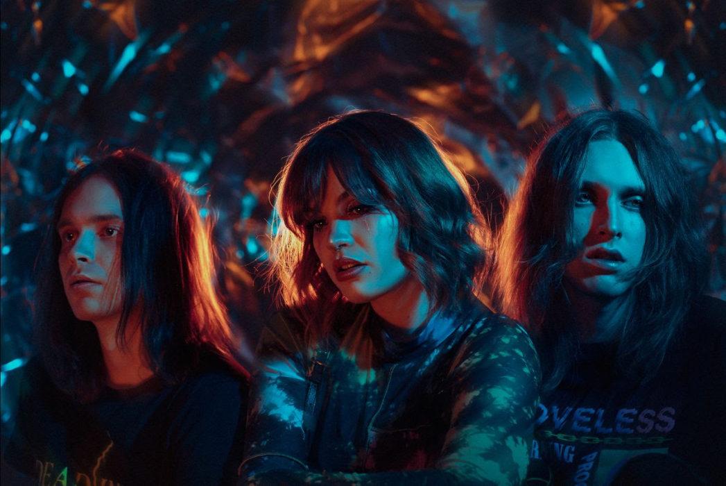 """Alternative-yhtye Luna Killsiltä vielä yksi single: levyn avausbiisi """"honey trap"""" potkii raadollisesti kasvoille"""