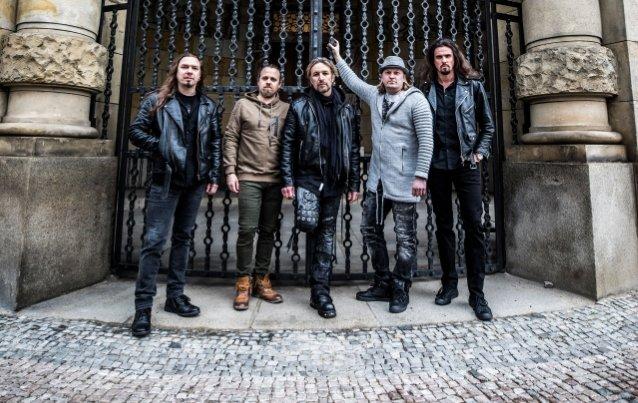 Sonata Arcticalta uran ensimmäinen akustinen albumi lokakuussa: luvassa myös akustinen kiertue Euroopassa