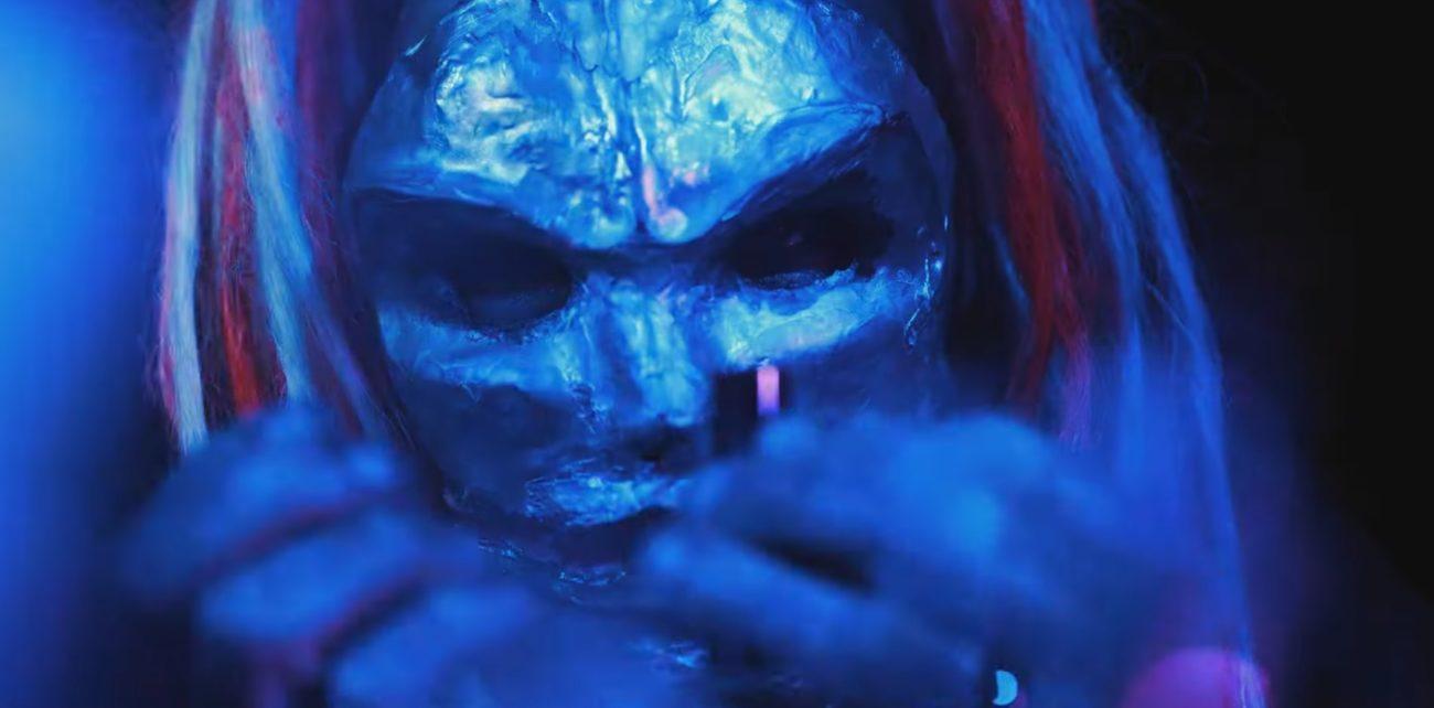 """Fear Of Dominationin uudet maskit tarkemmassa syynissä: video """"Rust""""-kappaleesta Kaaoszinen ensinäytössä"""