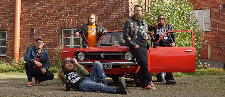 HeviKorollalta uusi albumi kuun lopulla – esimakua luvassa tällä viikolla