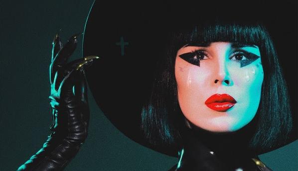 """Kat Von D:ltä musiikkivideo aiemmin julkaistusta singlestä """"Enough"""""""