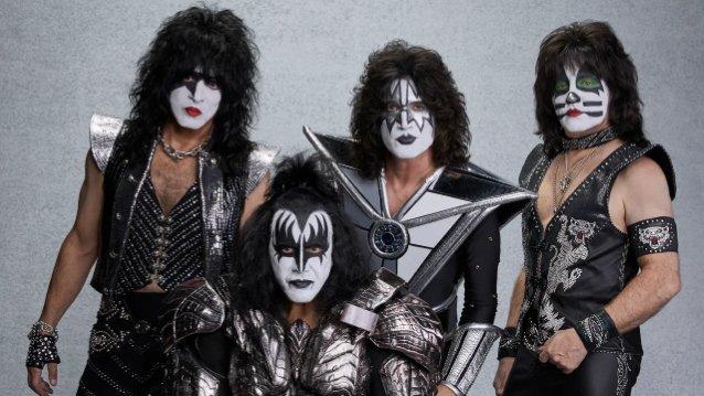 Juoma-alan palkintoja Kiss-rommeille ja Motörhead-rommille