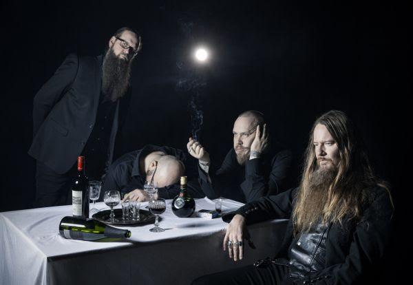 """Kotiteollisuudelta uusi musiikkivideo """"Tuoni peiton alla""""-kappaleelle"""