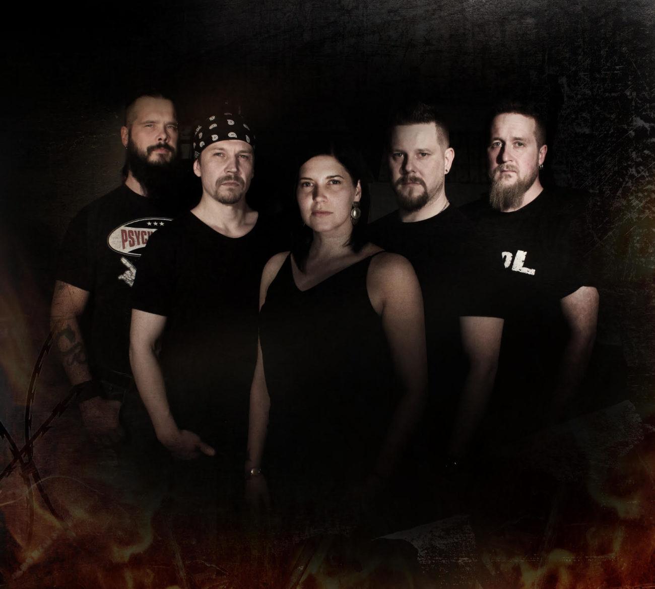 """Lost Division julkaisi uuden """"No God"""" -singlen ja musiikkivideon – debyyttialbumi kaupoissa 28.5."""