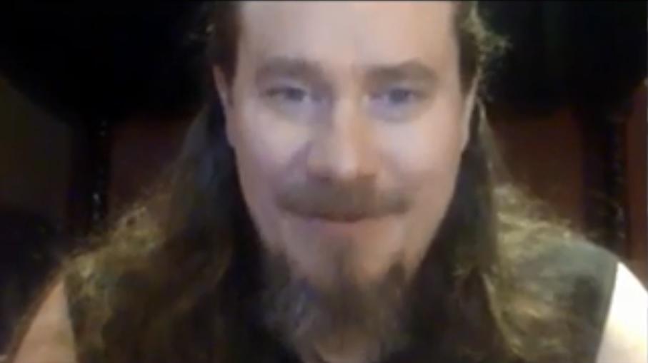 """""""Kahden päivän ajan ajattelin Markon lähdön jälkeen, että bändi on tässä, mutta nyt on studio varattuna jo seuraavaa albumia varten"""": KaaosTV:n videohaastattelussa Nightwishin priimusmoottori Tuomas Holopainen"""