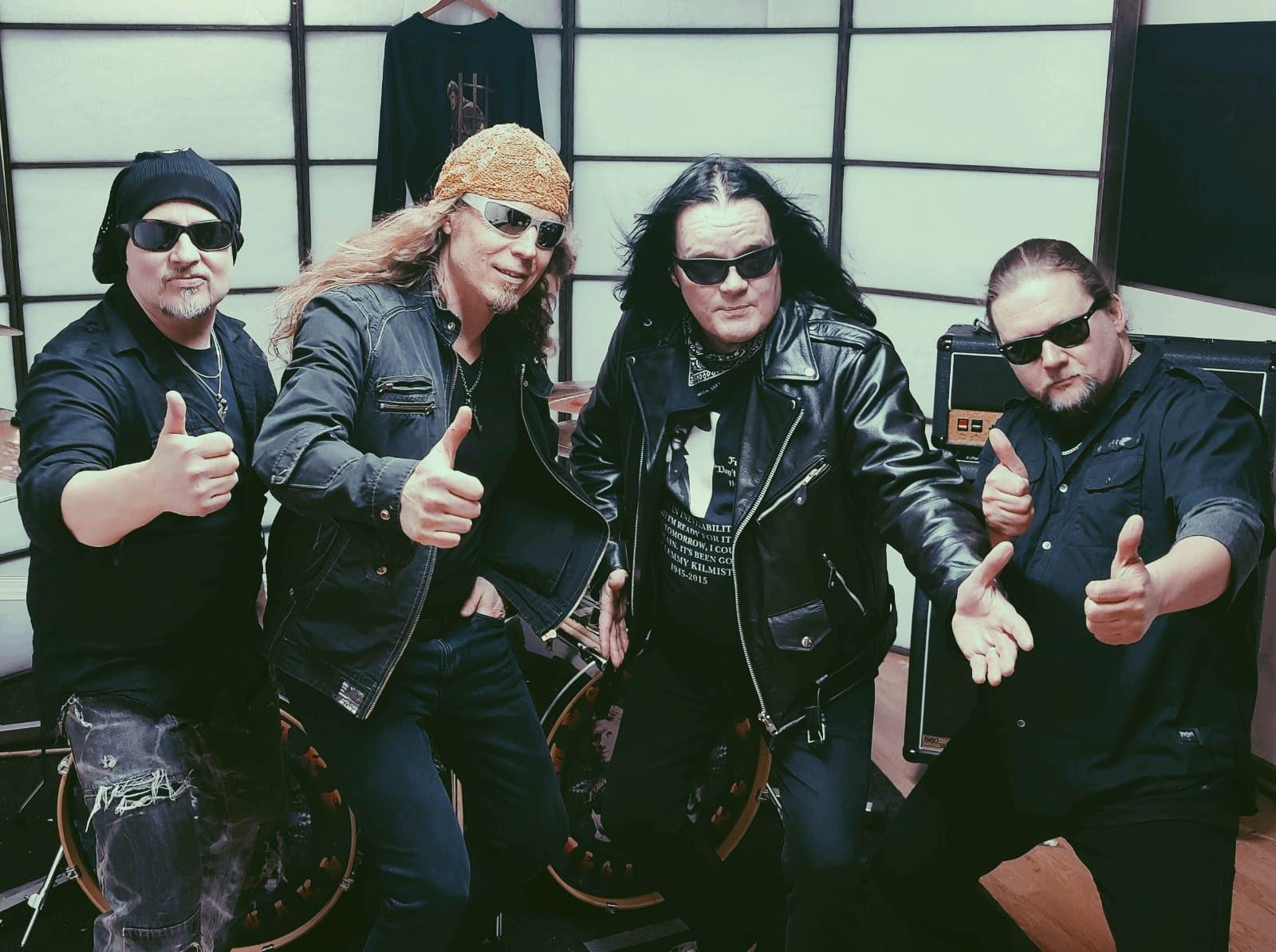 Twist Twist Erkinharjun, Tipe Johnsonin ja kumppaneiden uusi projekti MegaSnake julkaisi ensimmäisen kappaleensa
