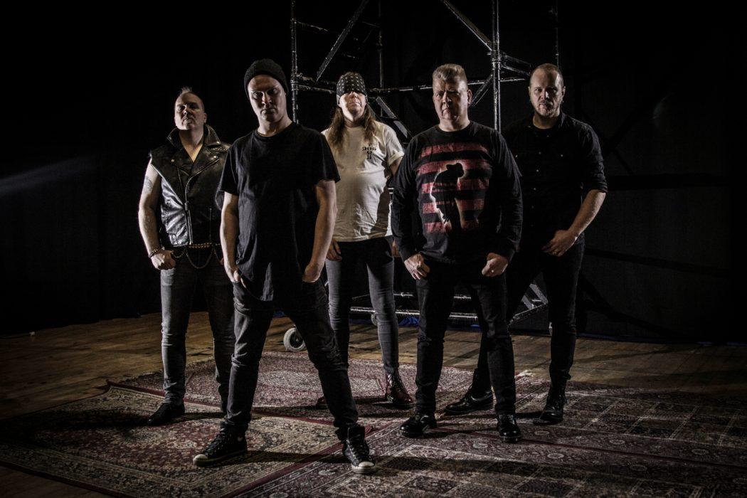 Crossover-ryhmä Final Assault julkaisi uuden singlen sekä coverin Sepulturan kasariklassikosta