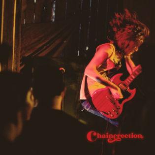 """Chainerection on kuin sekoitus The Hellacoptersia ja Kings Of Leonia – arviossa yhtyeen """"Alternative High"""" -albumi"""
