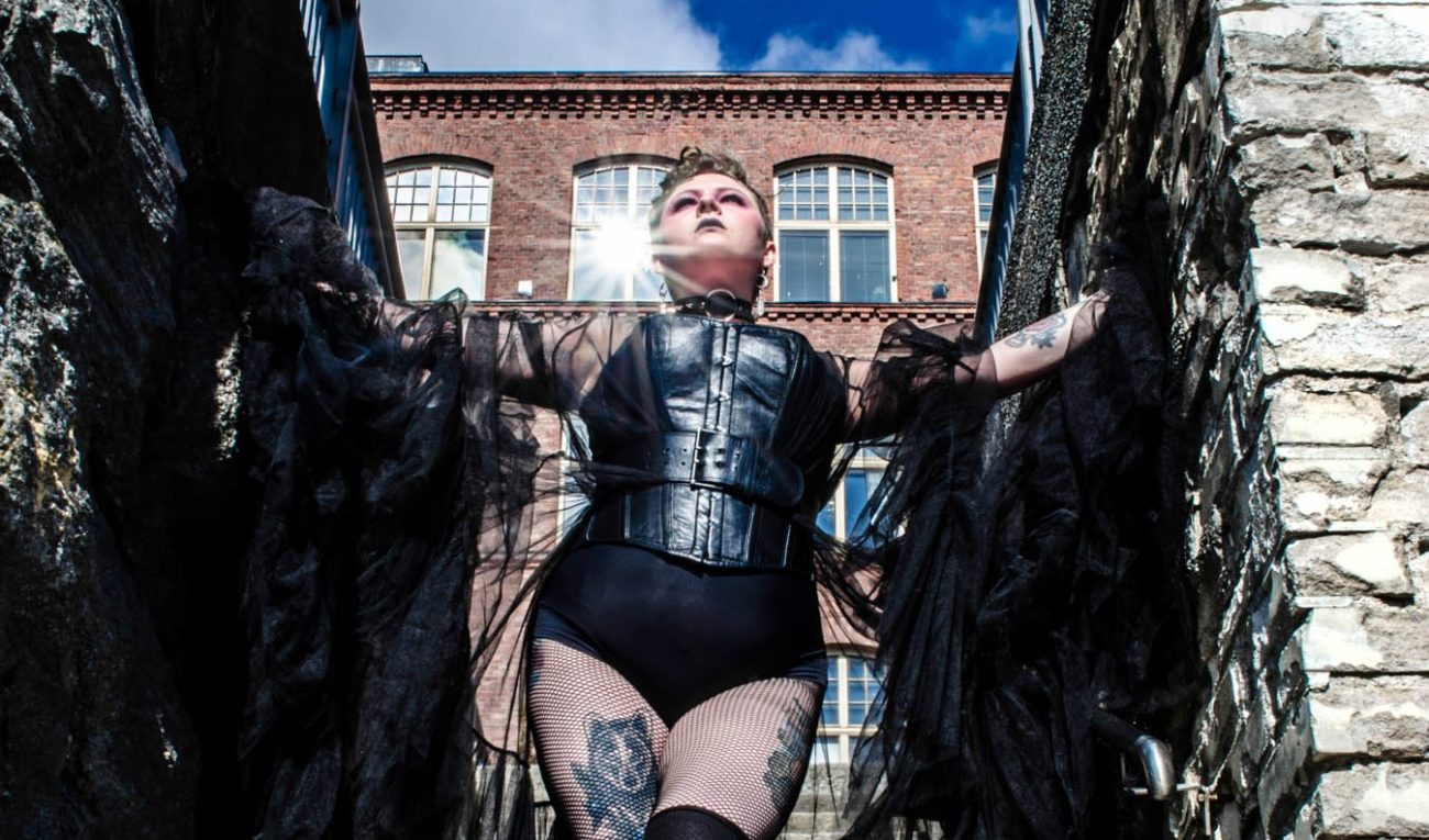 SaariHelvetti & Tampere Burlesque esittävät: Burlesque Offshore!