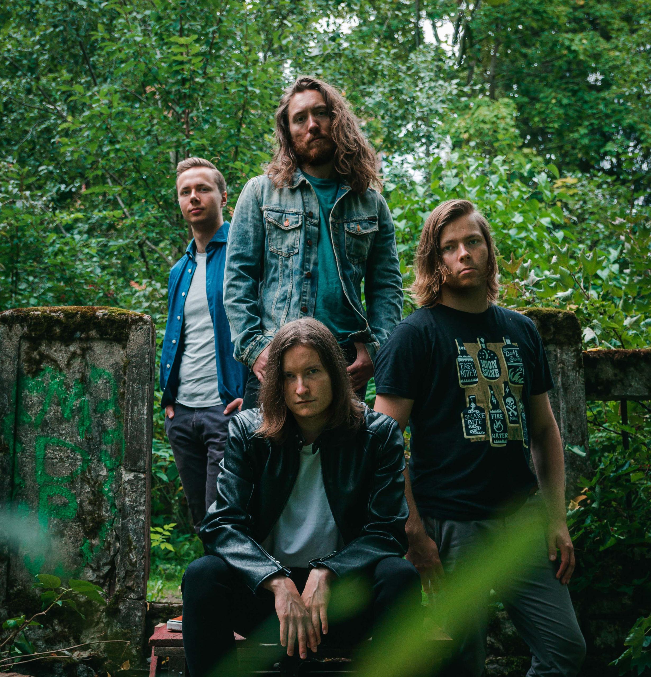 """Oululaisen Afteregon """"Wasting Daylight"""" on räjähtävä annos modernin rockin energiaa"""