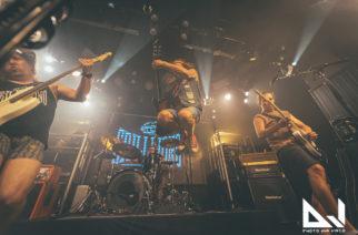 Tyrantti ja Grillijono K.O. laittoivat tuplajulkkareilla vauhtia yleisöön – katso livekuvat On The Rocksin illasta