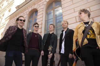 """""""Kuin 'Smells Like Teen Spiritin' bileversio"""": Helsinkiläisen indie rockia soittavan Roanin uusi kappale """"Glue"""" kuunneltavissa"""