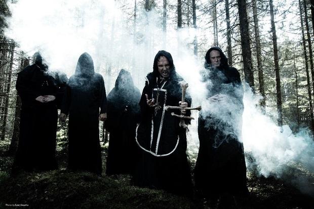 """Norjalaisen black metal -legendan kumarrus juurilleen: Mayhemin uusi kappale """"Everlasting Dying Flame"""" kuunneltavissa"""