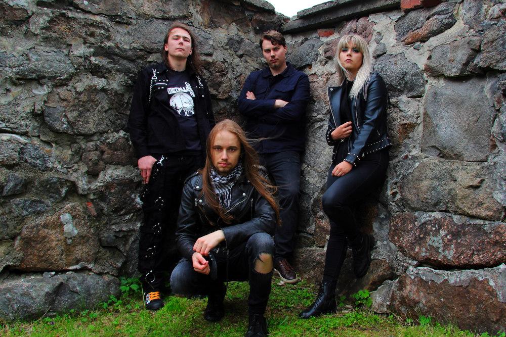 """Metallilekalta uusi single """"Aika"""""""