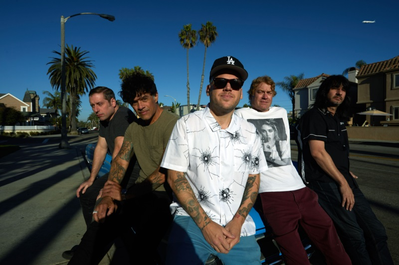 """The Bronx julkaisi viidennen sinkun tulevalta albumiltaan – kuuntele """"Mexican Summer"""""""
