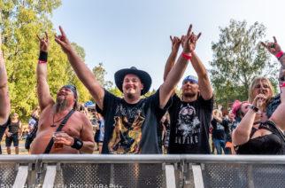 Metallia Sieravuoren juurella: Idyllinen Metallivuori tarjosi aurinkoa ja raskaan musiikin ilosanomaa 1/2
