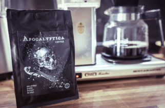 Apocalyptica Coffee taipuu hyvin lahjaksi tai vaikka omaan hemmotteluhetkeen