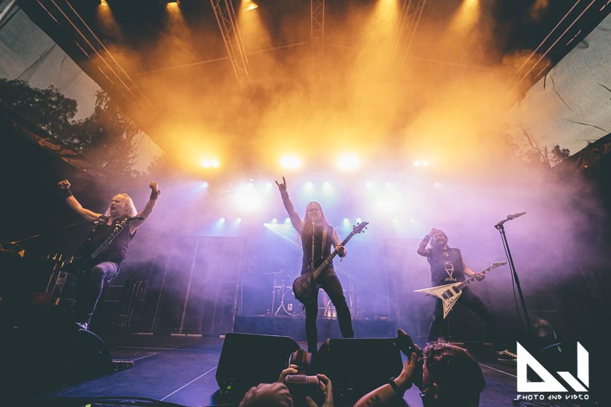 """Insomniumin ja Omnium Gatherumin tuleva Euroopan-kiertue peruuntuu """"henkilökohtaisten syiden"""" vuoksi"""