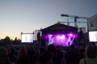 Seinäjoen Vauhtiajot tarjosi kaksipäiväisen festivaalin kotimaisia rock- ja pop-artisteja toista vuotta peräkkäin ilman ajorata-tapahtumaa